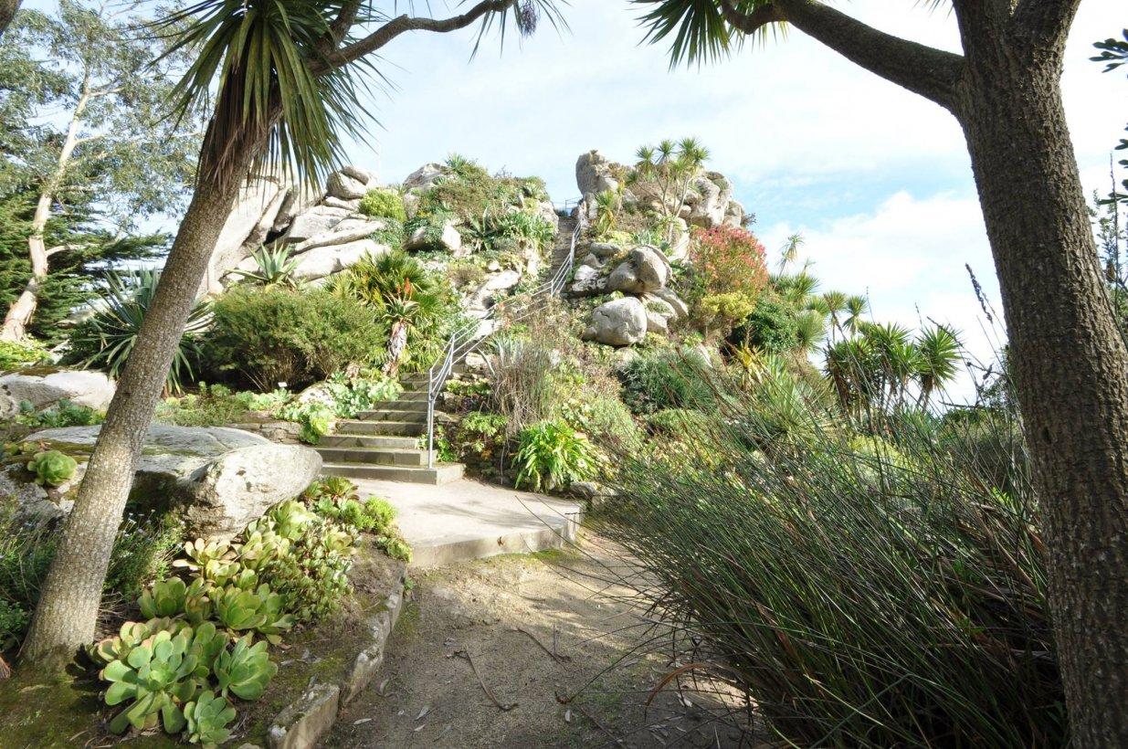 Jardin exotique et botanique de roscoff triplancar for Jardin exotique