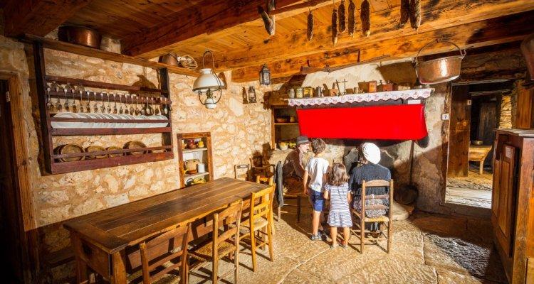 Ferme Caussenarde d'Autrefois - cuisine