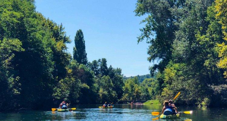 Descente la Cèze. Activité groupe. Activité famille. Cèze Canoës Location canoë-kayak. Goudargues-Gard.