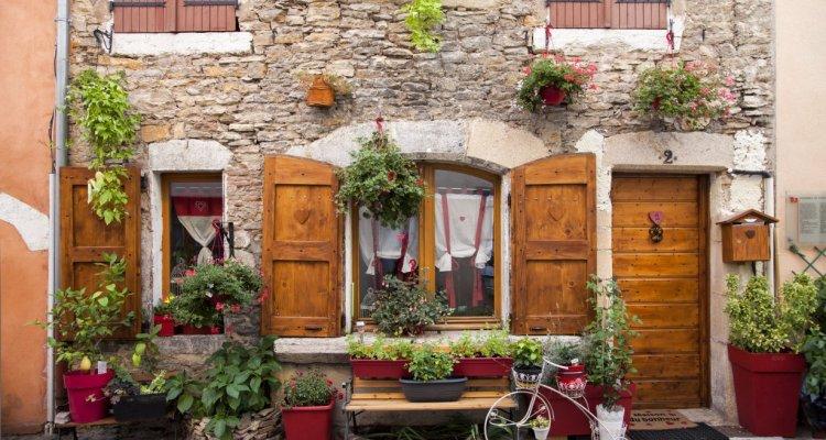 Visuel Façade habitation Crémieu - © Didier Jungers
