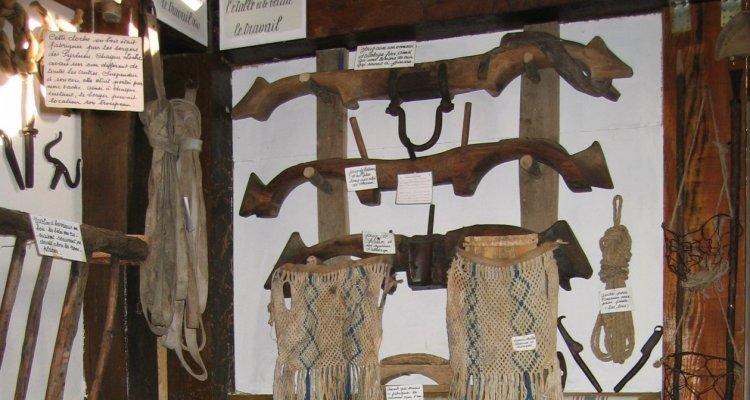 Visiter en groupe musée paysan d'emile simorre