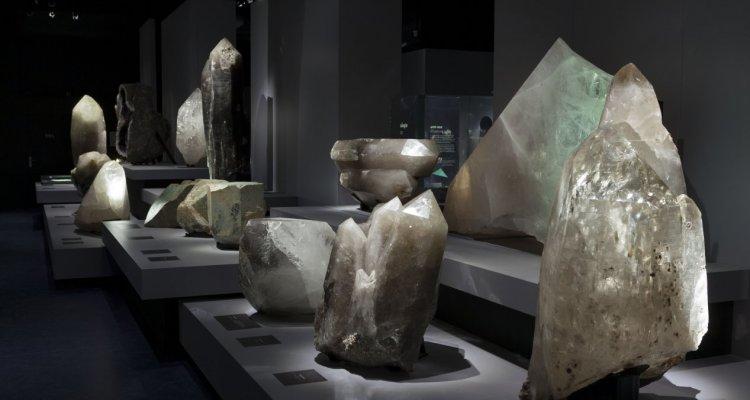 La Galerie de Minéralogie - Cristaux géants - Paris