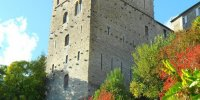 La cité médiévale de Sauveterre-de- Béarn