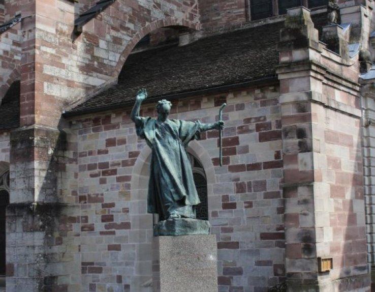 Statue de Saint Colomban