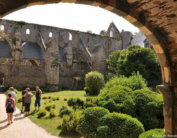 Cloître Abbaye de Beauport