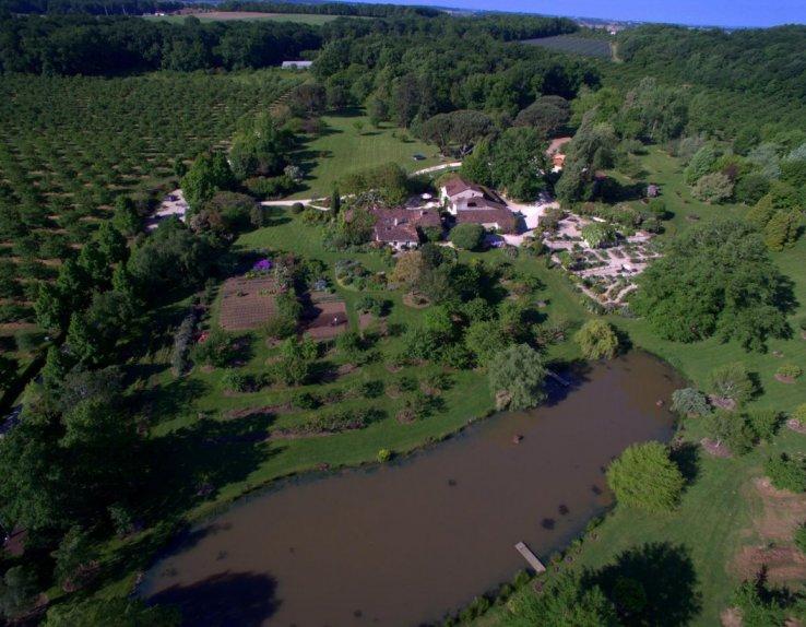 Les Jardins de Coursiana Vue aérienne