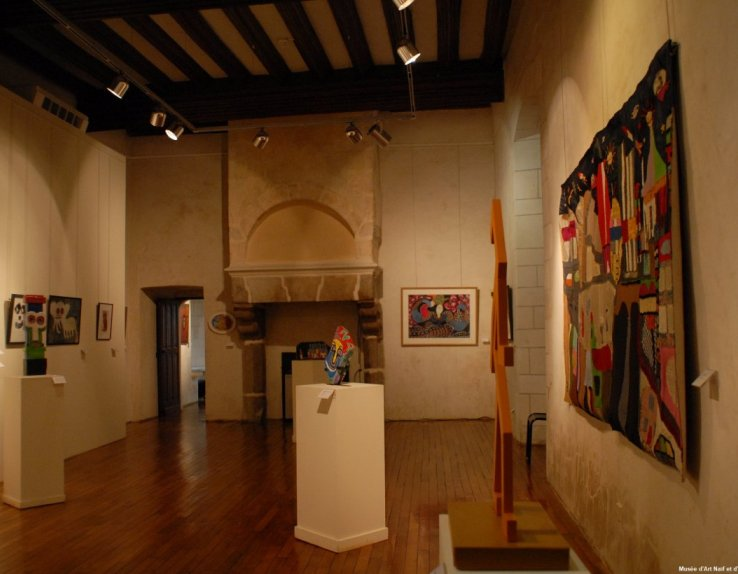 Musée d'Art Naïf et d'Arts Singuliers Laval